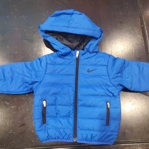 Kids nike jacket size 12 M